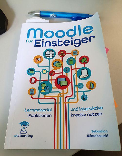 Buchcover Wieschowski, Sebastian (2020): Moodle für Einsteiger.